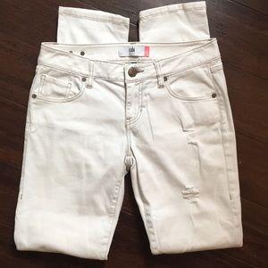 Cabi Slim Boyfriend Distressed Jeans Size 2 #5089